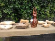 Výstava exterier sošky, mísy
